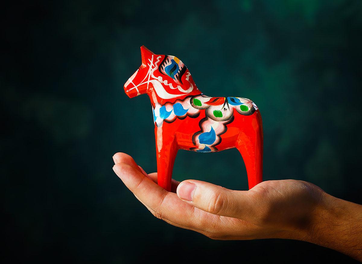 Даларнская лошадка