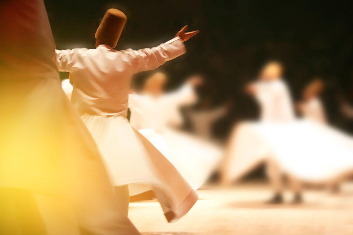 Танец дервишей в Музее мевляны, Конья