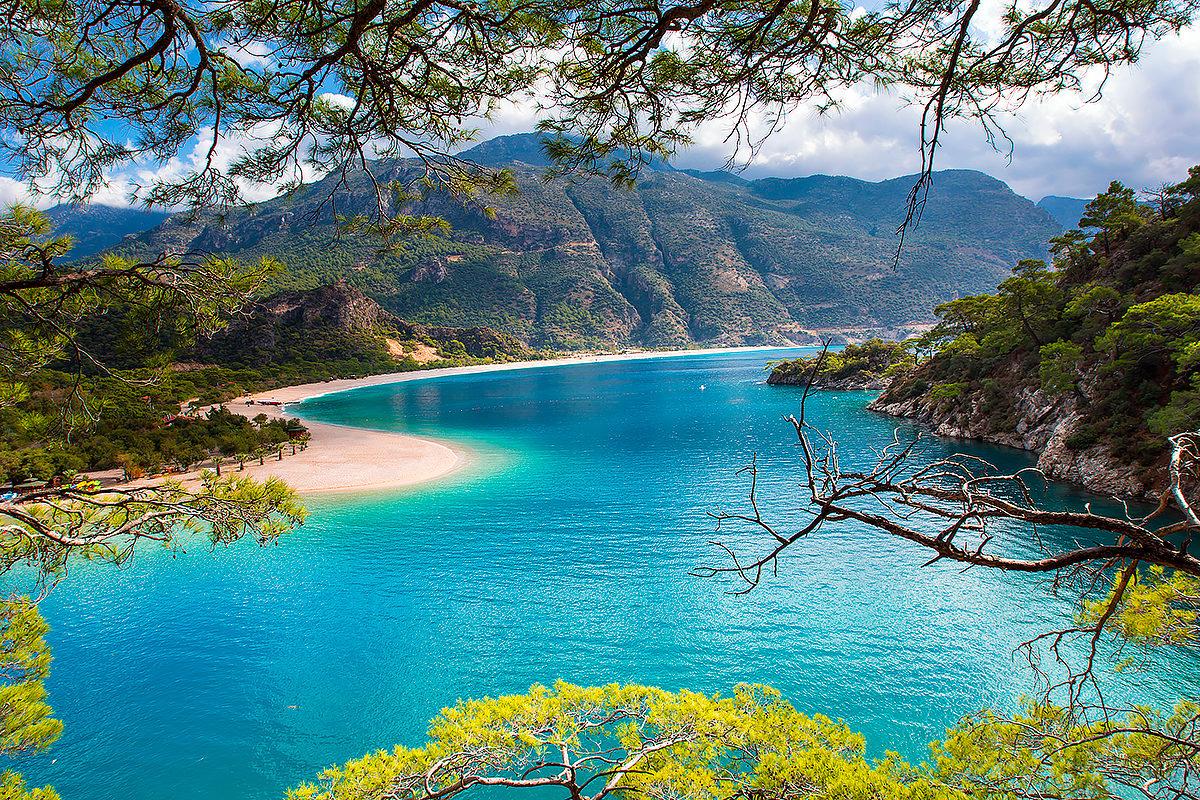 Олюдениз-средиземноморское побережье Турции