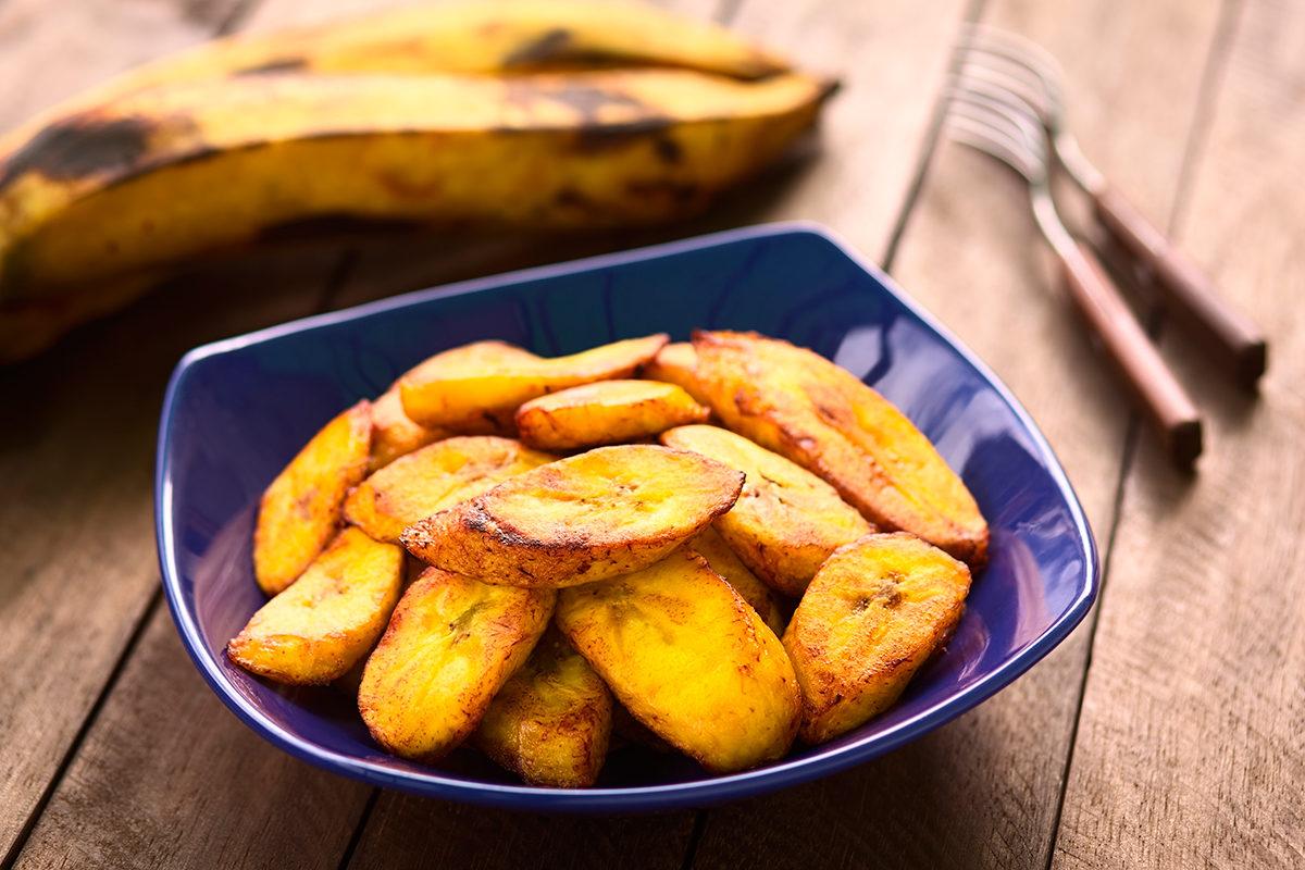 Обжаренные кусочки банана