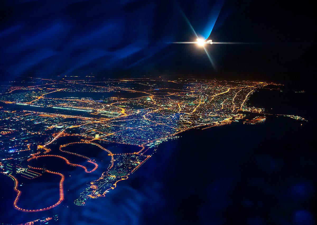 Дубай ночью с самолета недвижимость в болгарии статьи