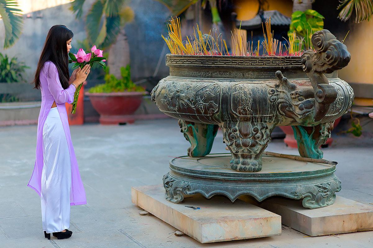 Подношение, буддизм, Вьетнам