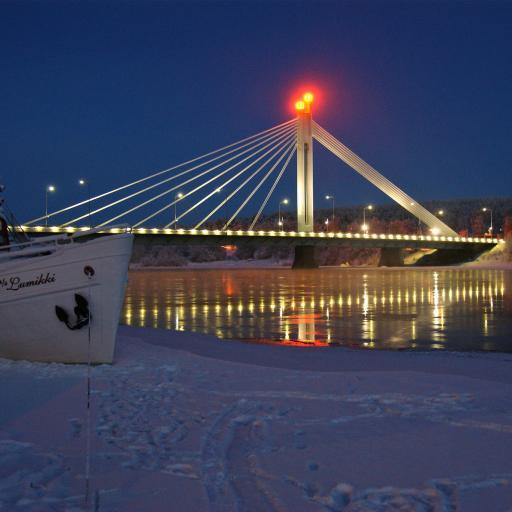 Мост «Свеча сплавщика»