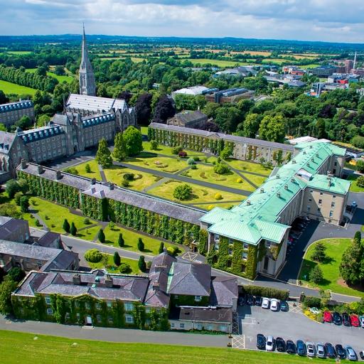 Здание Ирландского национального университета