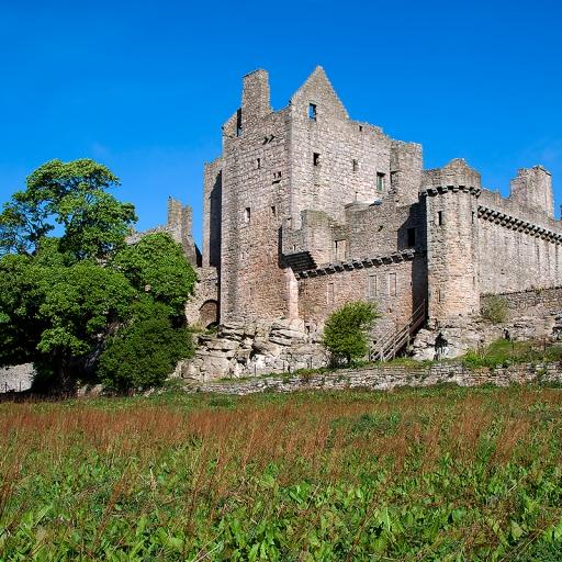 Замок Крейгмиллар (Craigmillar castle)