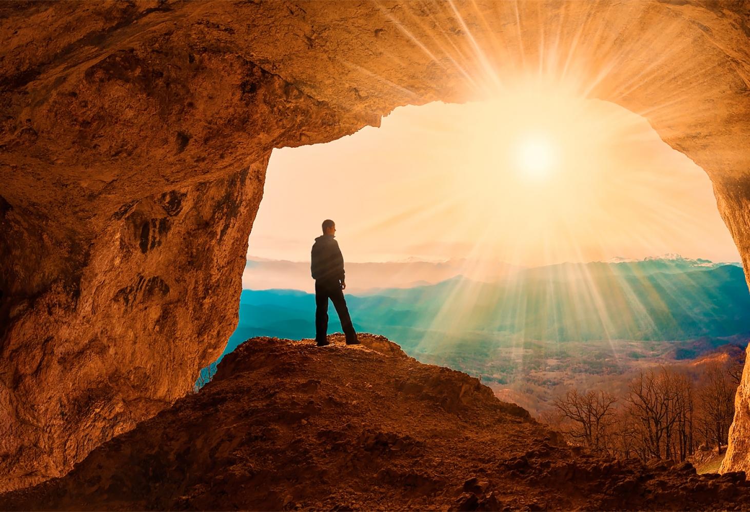 Самые красивые пещеры России