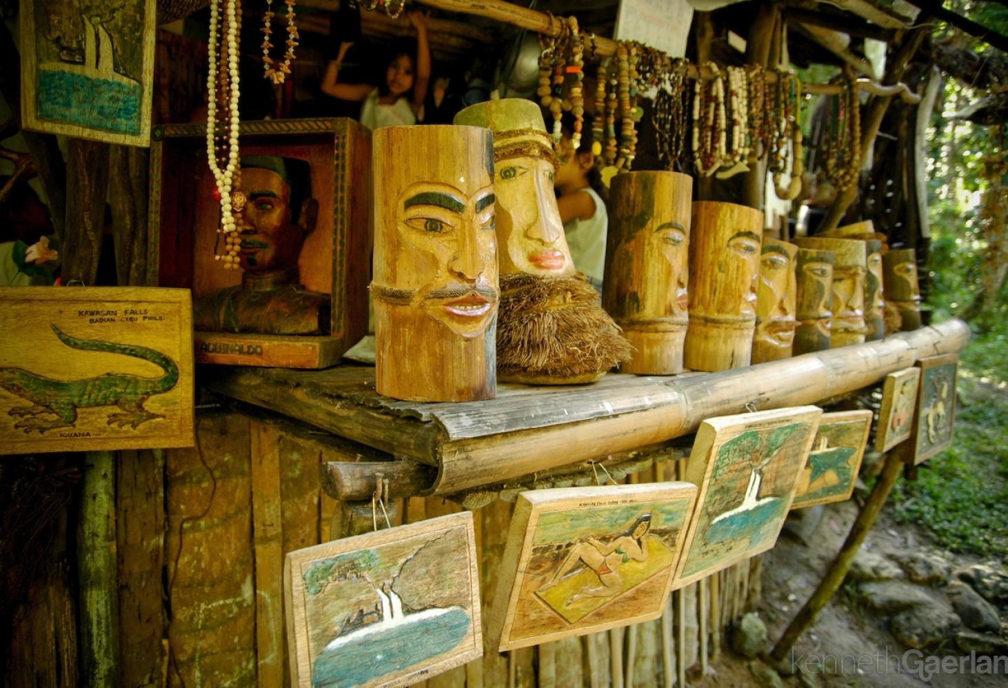 Разнообразие сувениров в Филиппинах