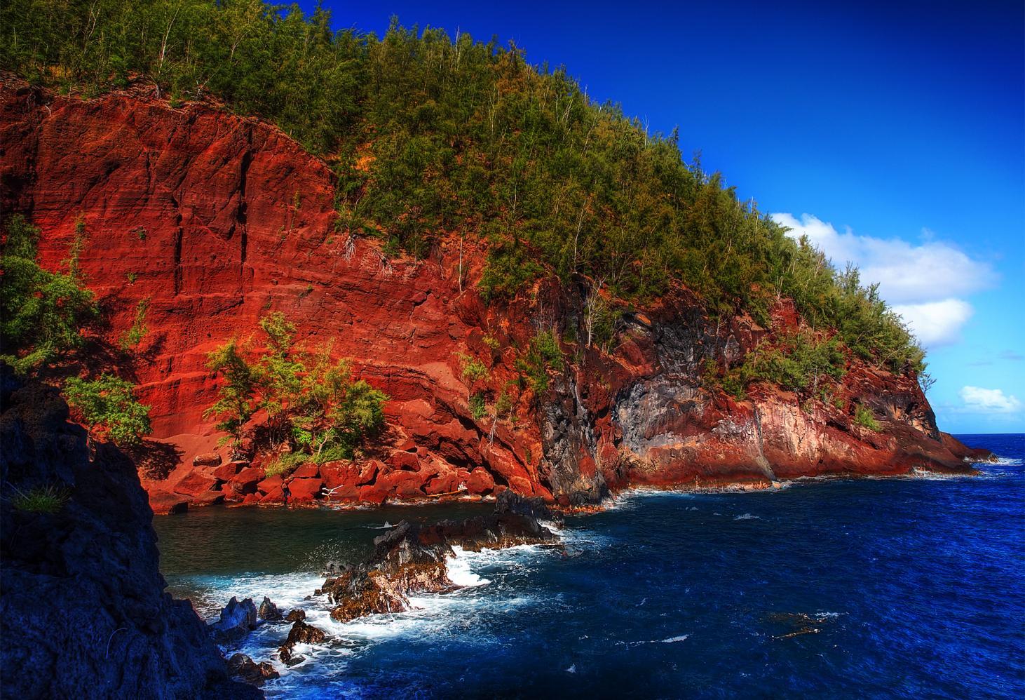 Красный пляж Кайхалулу, Гавайи