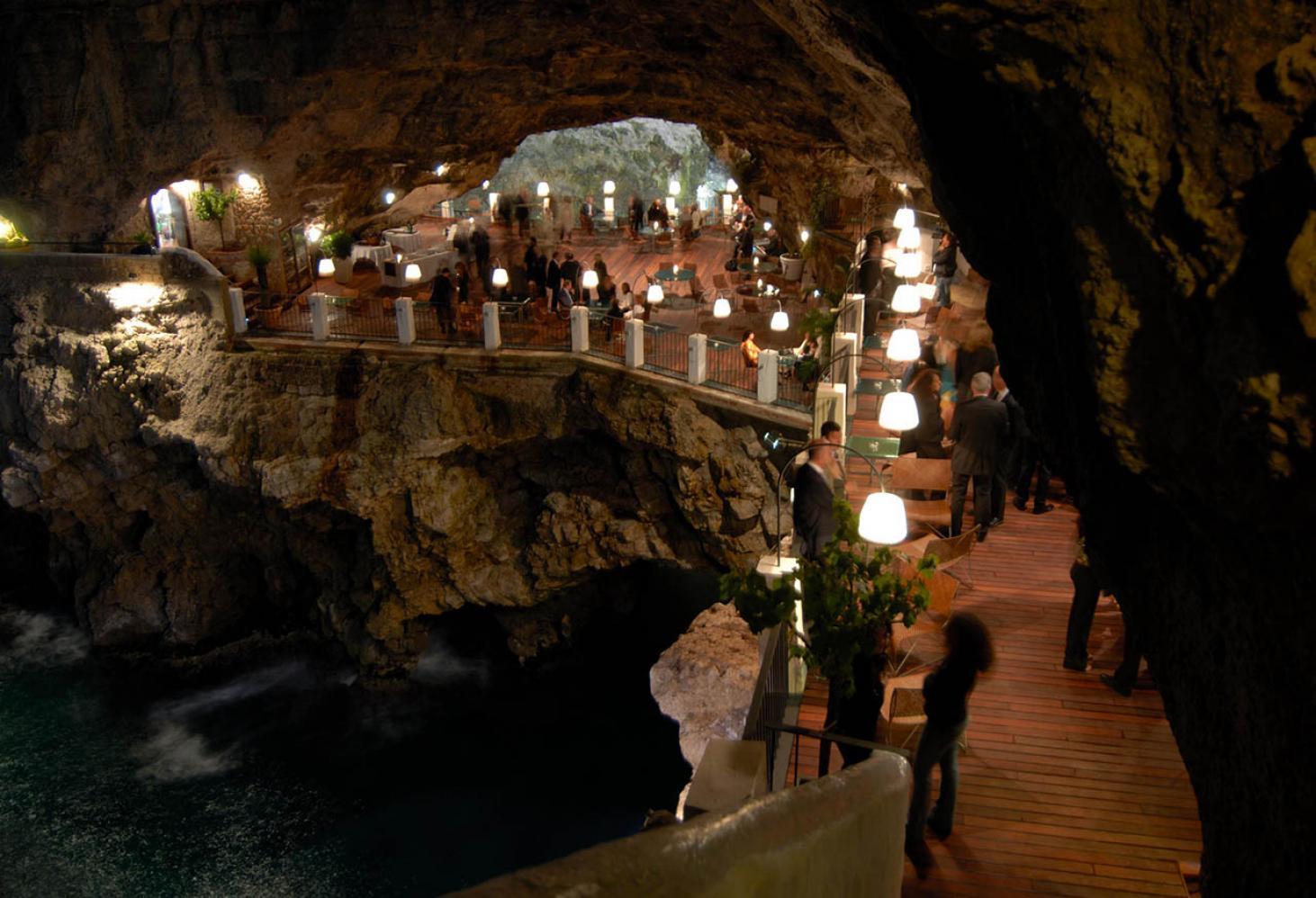 Отель Grotta Palazzese 4* Апулия Италия