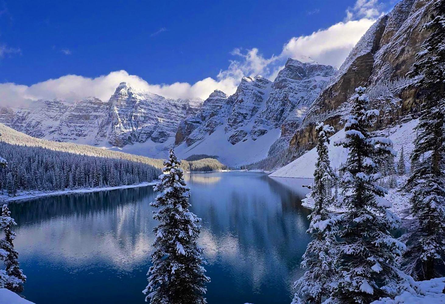Озеро Морейн (Moraine Lake), Канада.