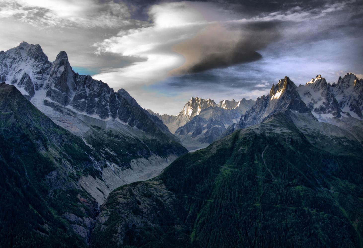 Tour du Mont Blanc, Франция — Италия — Швейцария