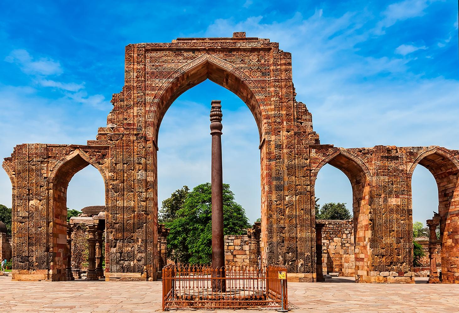Железная колонна в Дели, Индия