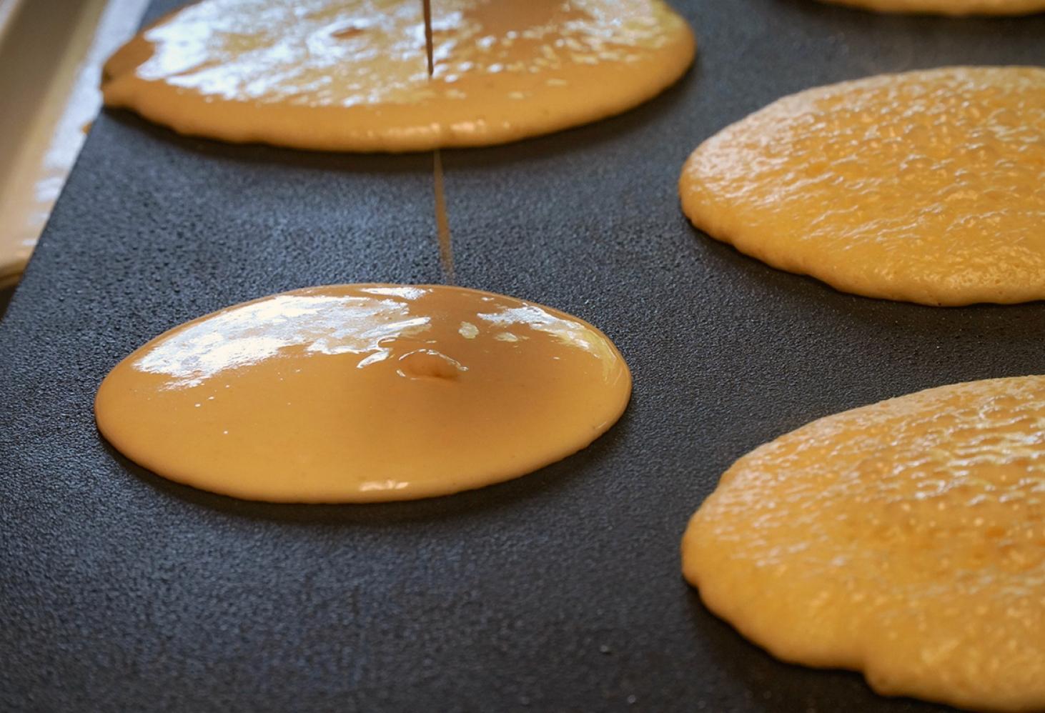 Бисквитные булочки дораяки с начинкой
