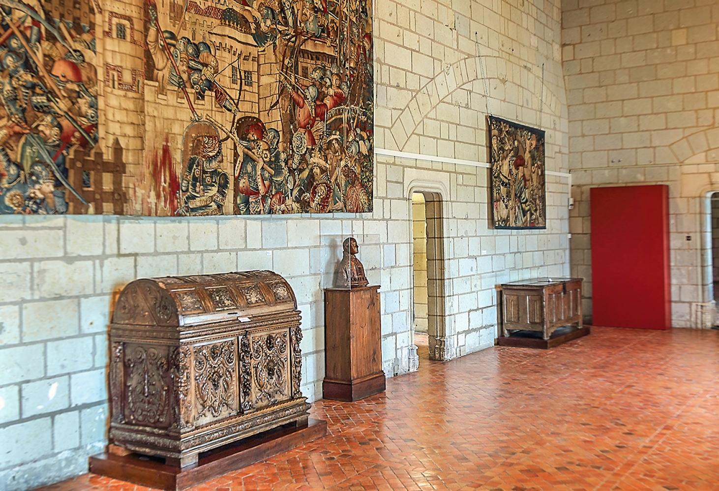 Замок Сомюр (Château de Saumur)