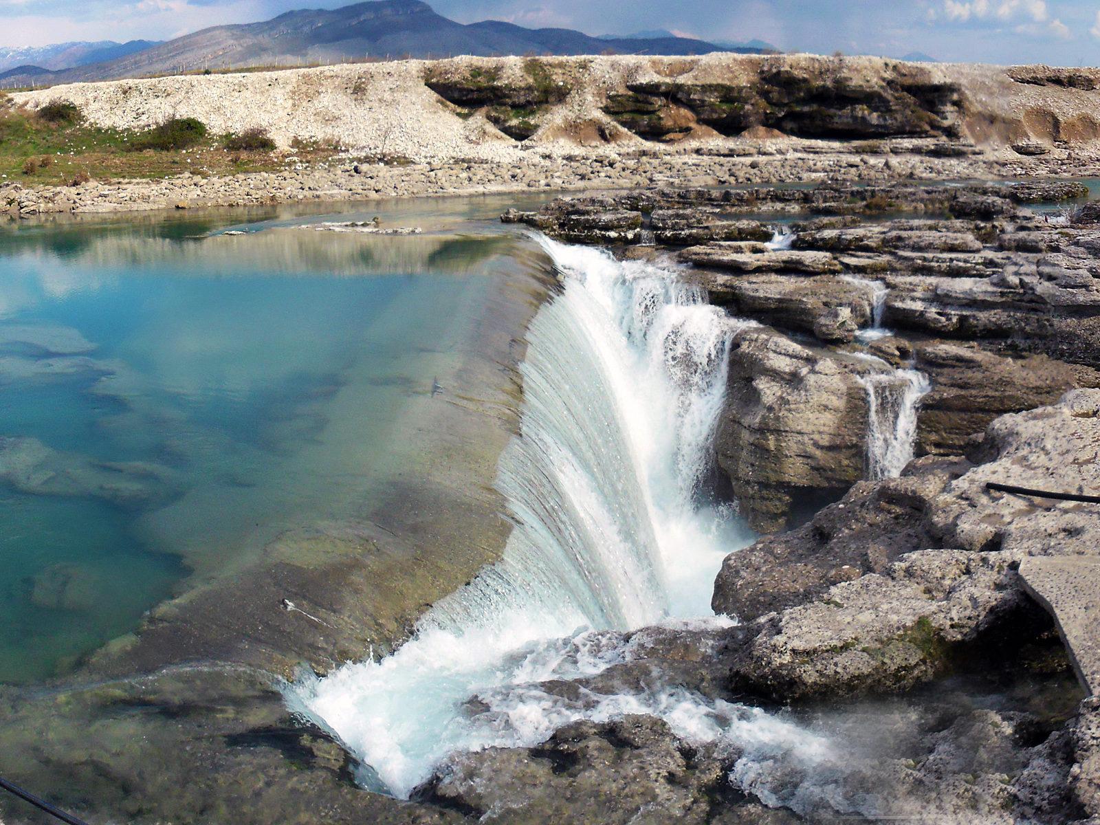 Водопад Ниагара на реке Циевна